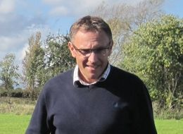 Weed control at Sandfields Farms Ltd - Simon Stockdale, Sandfields Farms