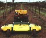 Spraydome 1524 - towed in vines