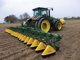 Over 95% drift reduction with Micron shielded sprayers at Lamma 2014 - Varidome S5 with Micron Dual Tank System